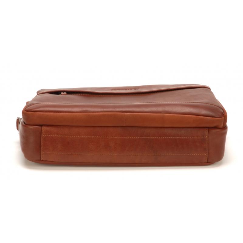 Porte document moyen format cuir vachette plongé